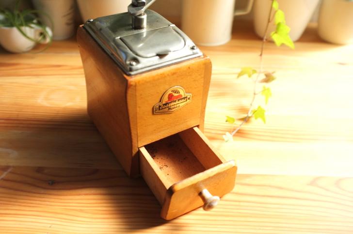 ザッセンハウスのビンテージコーヒーミル