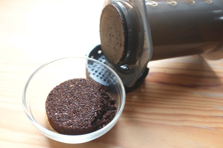 エアロプレスのコーヒーかす