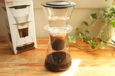 iwakiウォータードリップサーバーを使ってコーヒーを作った